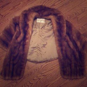 Vintage fur stole/cape